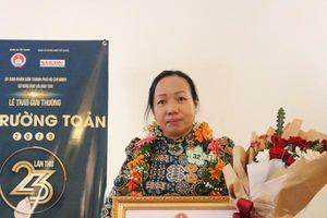 Cô giáo dạy Lịch sử hơn 30 năm nhận giải thưởng Võ Trường Toản 2020