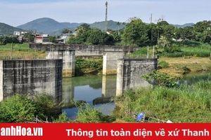 Cầu Làng Ngòn thi công dang dở gây lãng phí nguồn lực
