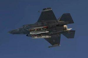 Mỹ công bố video tiêm kích tàng hình F-35 thử nghiệm ném bom hạt nhân 'kẻ hủy diệt'