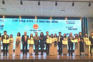 Doanh nghiệp Hàn Quốc trao 100 suất học bổng cho sinh viên Việt Nam