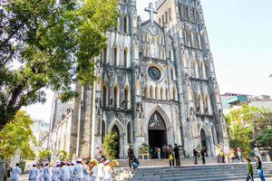 Nhà thờ Lớn Hà Nội – điểm check in ấn tượng dịp Lễ Giáng sinh không nên bỏ qua