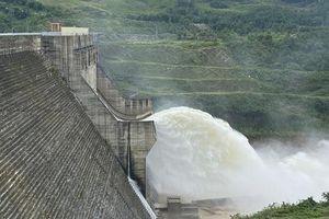 Chủ tịch Quảng Nam muốn thu hồi dự án thủy điện mới được phê duyệt 7 ngày