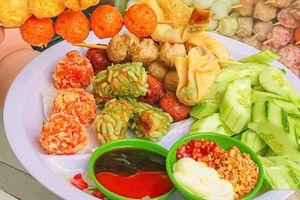 Thưởng thức món ăn vặt giá bình dân ở TP.HCM