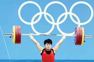 Trần Lê Quốc Toàn bất ngờ nhận HCĐ cử tạ Olympic 2012