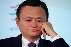 Trung Quốc cảnh giác với ngành fintech, các đại gia điêu đứng