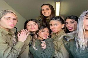 Người đẹp quân ngũ Israel gây chú ý bởi nhan sắc xinh đẹp
