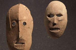 Khó giải những mặt nạ đá bí ẩn nhất thế giới
