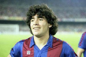Napoli đổi tên sân 72 năm tuổi thành tên của huyền thoại Maradona