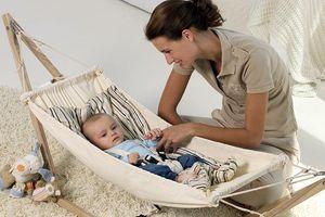 Ưu và nhược điểm khi cho trẻ sơ sinh nằm võng
