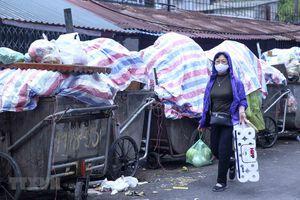 Hà Nội sẽ xem xét lại năng lực các nhà thầu thu gom rác