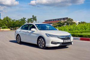Honda Accord giảm 150 triệu đồng, quyết đấu với Toyota Camry