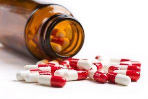 Tự ý sử dụng thuốc kháng sinh – mối nguy hại khôn lường