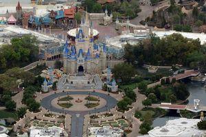Disney sẽ sa thải khoảng 32.000 nhân viên vì COVID-19
