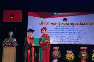 Đại học Y khoa Phạm Ngọc Thạch trao bằng tốt nghiệp cho 1.000 tân bác sĩ, cử nhân