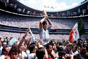 Thú vị hành trình 'nên thánh bóng đá thế giới' của huyền thoại Maradona