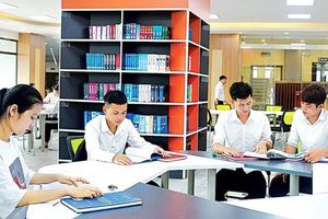 Trường đại học đang dịch chuyển phương thức dạy học trong kỷ nguyên số thế nào?