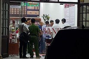 Truy tìm đối tượng táo tợn cướp ngân hàng ở Đồng Nai