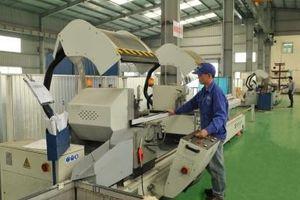 Nhà máy Nhôm Đông Anh chủ động thích ứng vượt qua khủng hoảng