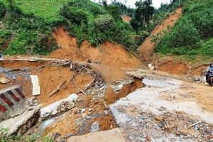 Đảm bảo ATGT nhiều tuyến đường miền núi huyện Phước Sơn, tỉnh Quảng Nam.