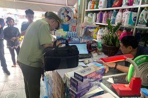 QLTT Bình Phước: Kiểm tra từng cửa hàng, cơ sở kinh doanh thuốc lá nhập lậu nhỏ lẻ