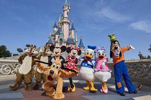 Điêu đứng vì Covid-19, Walt Disney sa thải 32.000 nhân viên