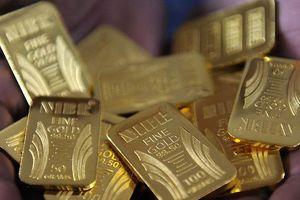 Giá vàng chững lại sau khi 'bốc hơi' 3,3% từ đầu tuần