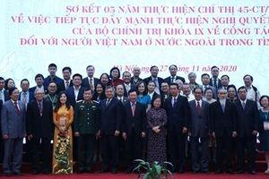 Người Việt ở nước ngoài đóng vai trò quan trọng trong sự nghiệp xây dựng và bảo vệ Tổ quốc