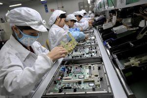 Foxconn sẽ chuyển một phần sản xuất iPad và MacBook sang Việt Nam