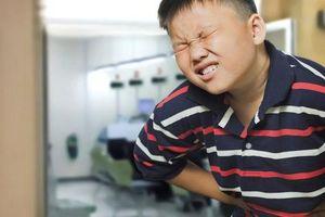 Cậu bé nhập viện cấp cứu sau khi ăn lẩu, mới 13 tuổi nhưng đã bị gan nhiễm mỡ và viêm tụy nặng