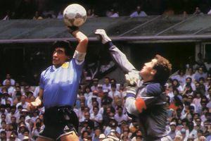 Phản ứng của Shilton khi Maradona qua đời