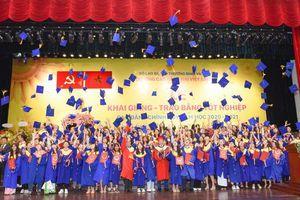 Trường Cao đẳng Đại Việt Sài Gòn đón gần 1.300 tân sinh viên