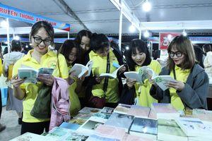 Tiến tới xây dựng đường sách, phố sách tại Quảng Ninh
