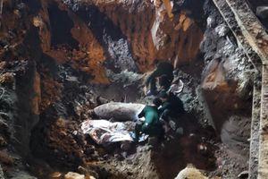 Hiện trường tìm thấy quả bom nặng 340 kg tại Hà Nội