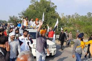 Nông dân Ấn Độ nổi giận với quyết định cải cách của chính phủ