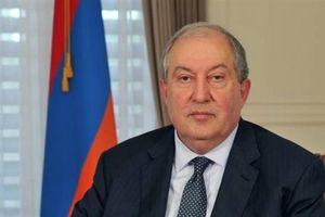 Tổng thống Armenia làm gì trong chuyến thăm cá nhân tới Nga?