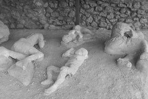 Rùng mình thảm họa khiến người hóa đá ở thành phố cổ La Mã