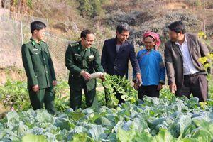 BĐBP phối hợp, vận động đồng bào dân tộc thiểu số khu vực biên giới tham gia bảo vệ chủ quyền lãnh thổ, an ninh biên giới quốc gia