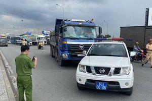 Đồng Nai: Khởi tố tài xế xe ben lạng lách đánh võng, húc xe CSGT để bỏ chạy