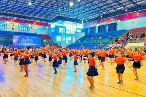 Trên 700 VĐV tham dự Giải Vô địch đồng diễn các vũ điệu thể thao tỉnh mở rộng 2020