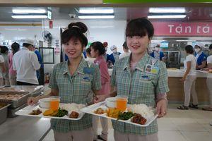 'Bán cơm' cho Samsung Việt Nam: Ngành kinh doanh trị giá nhiều nghìn tỷ mỗi năm nhưng lợi nhuận khá 'xương xẩu'