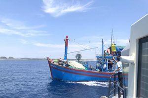 Bảo vệ nguồn lợi thủy sản ven bờ để bảo đảm sinh kế cho ngư dân