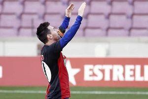 Messi ăn mừng đặc biệt cảm xúc tưởng nhớ cố huyền thoại Maradona