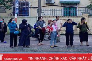 Điểm chờ xe bus '2 không' trước cổng Bệnh viện Phục hồi chức năng Hà Tĩnh