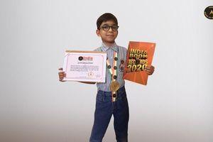 Cậu bé lớp 1 trở thành lập trình viên trẻ nhất thế giới
