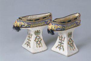 Điều ít biết về giày 'Hoa bồn để' một trong những biểu tượng của phụ nữ nhà Thanh