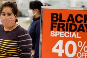 Người Mỹ chi kỷ lục 9 tỷ USD để mua sắm trực tuyến vào Black Friday