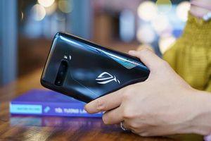 Đánh giá ASUS ROG Phone 3: chiếc smartphone đa nhân cách lúc 'xịn' lúc 'xịt'