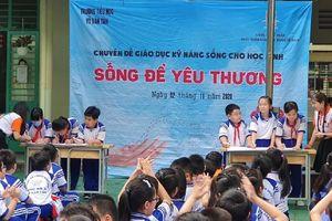 Hơn 2.000 học sinh tạm nghỉ học liên quan ca bệnh COVID-19 số 1347