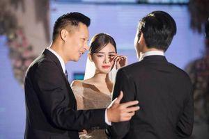 Xuân Bắc bất ngờ làm MC tại hôn lễ Á hậu Tường San