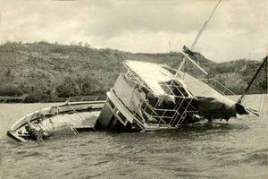 Con tàu ma 'không thể chìm'